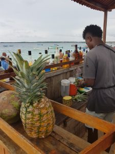 Ananas et cocktail
